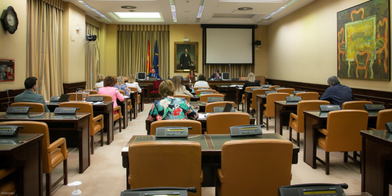 Los pacientes piden voz en la Comisión para la Reconstrucción